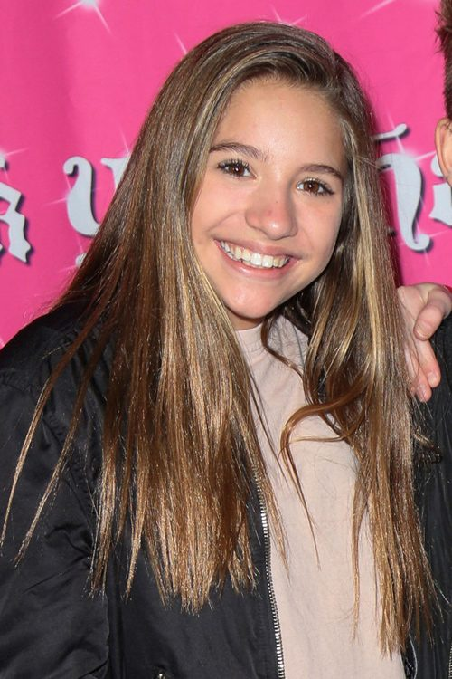 Mackenzie Ziegler S Hairstyles Amp Hair Colors Steal Her Style