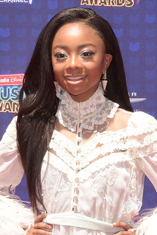 Skai Jackson S Hairstyles Amp Hair Colors Steal Her Style