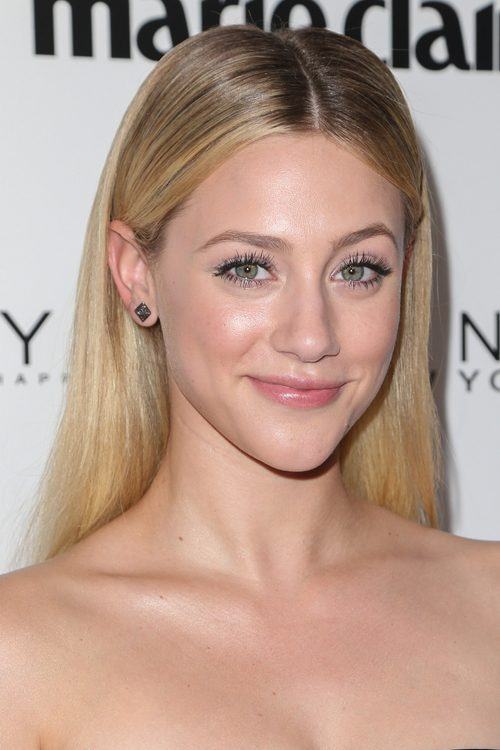 lili reinhart straight honey blonde dark roots hairstyle