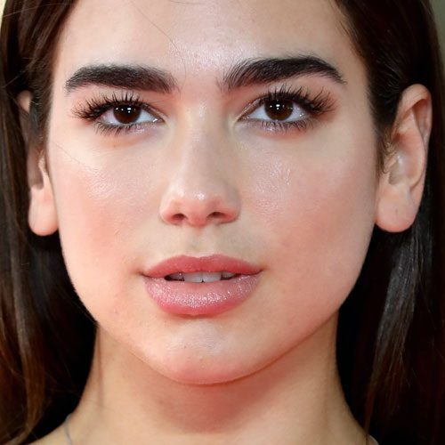 Dua Lipas Makeup Photos Amp Products Steal Her Style