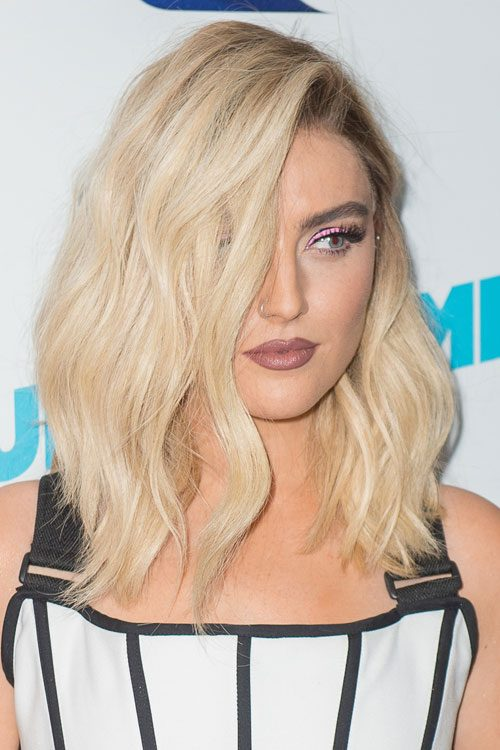 Perrie Edwards Hairstyles Hair Colors Steal Her Style