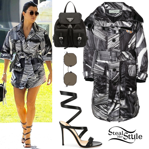 Kourtney Kardashian Clothes Amp Outfits Steal Her Style