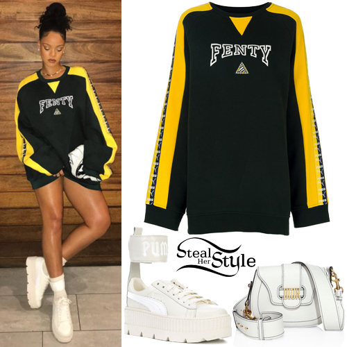 Rihanna S Clothes Amp Outfits Steal Her Style