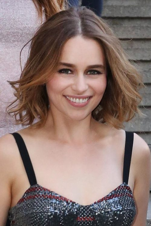 Emilia Clarke Wavy Medium Brown Bob Ombr 233 Hairstyle