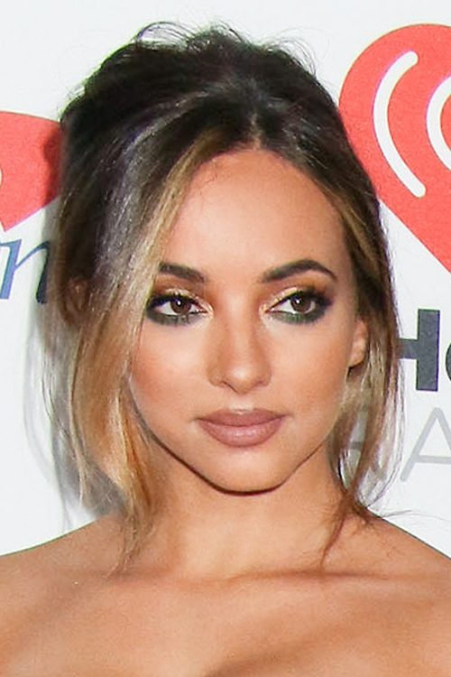 Jade Thirlwall S Hairstyles Amp Hair Colors Steal Her Style