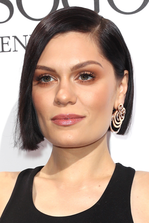 Jessie J Straight Dark Brown Blunt Cut, Bob Hairstyle ...