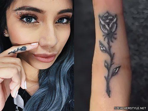 f0c36107d9760 Kirstin Maldonado Rose Finger Tattoo | Steal Her Style