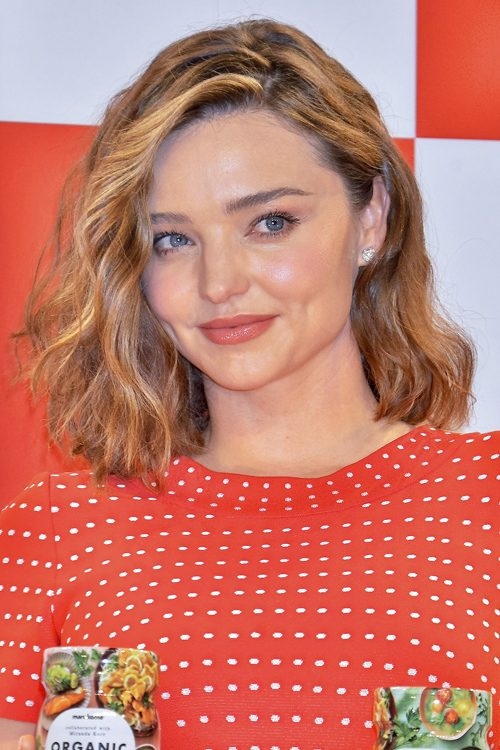Miranda Kerr Wavy Medium Brown All Over Highlights Hairstyle Steal