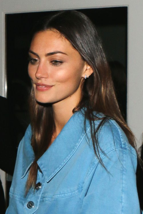 Phoebe Tonkin Clothes Amp Outfits Steal Her Style