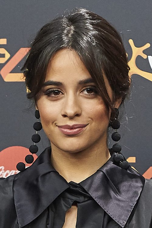 Camila Cabello S Hairstyles Amp Hair Colors Steal Her Style