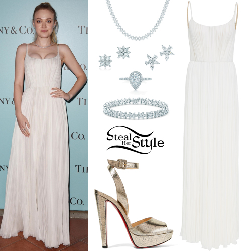 5102e49760 Dakota Fanning Clothes & Outfits | Steal Her Style