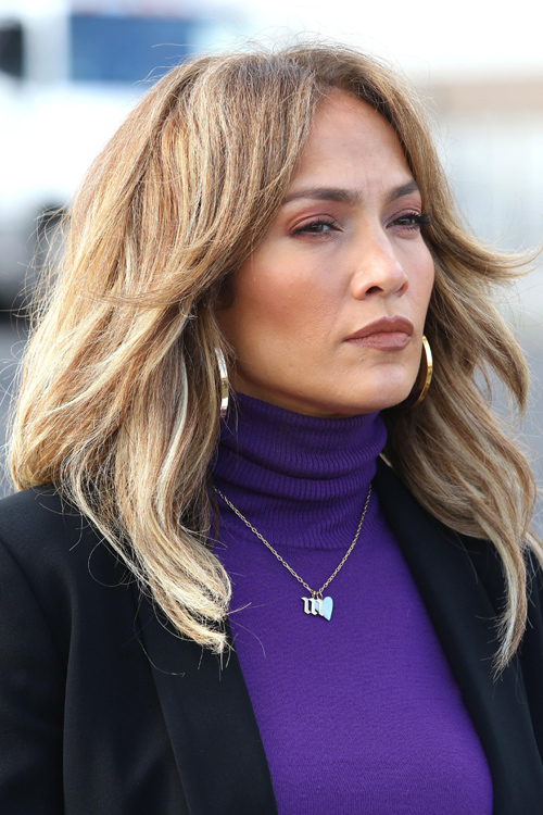 Jennifer Lopez Straight Light Brown All Over Highlights