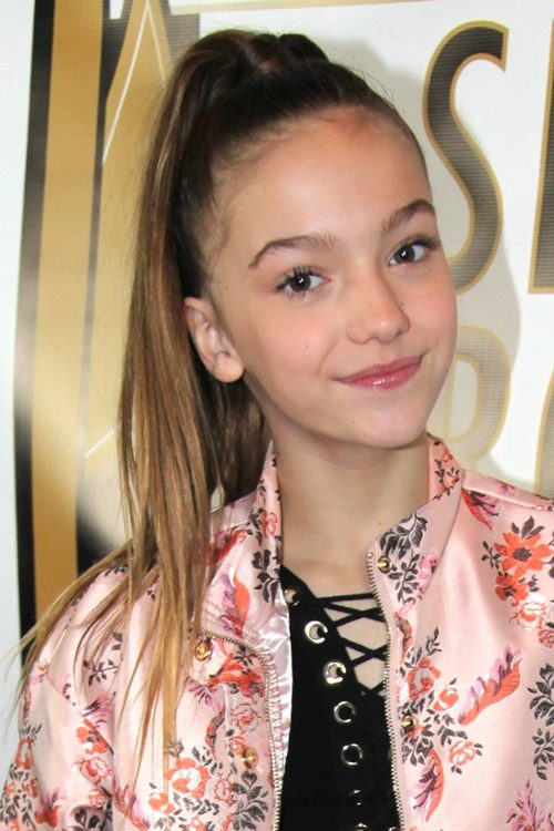 Jayden Bartels Hairstyles Amp Hair Colors Steal Her Style