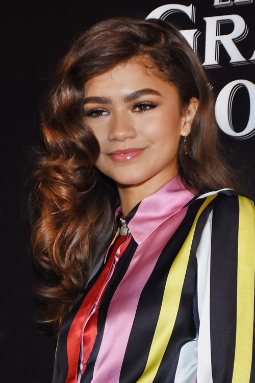 Zendayas Hairstyles Hair Colors Steal Her Style
