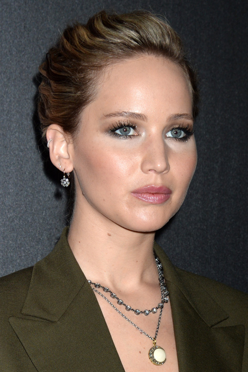 Jennifer Lawrence Wavy Medium Brown All Over Highlights French Braid Two Tone Hairstyle Steal Her Style