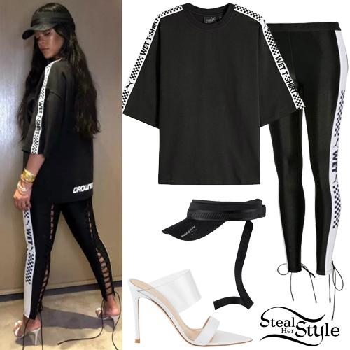 f5f33a97fd7c Rihanna  Black T-Shirt