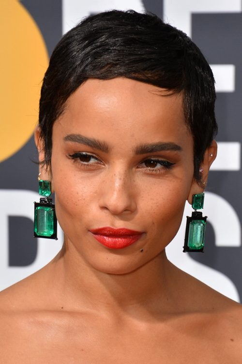 Zoe Kravitz S Hairstyles Hair Colors Steal Her Style