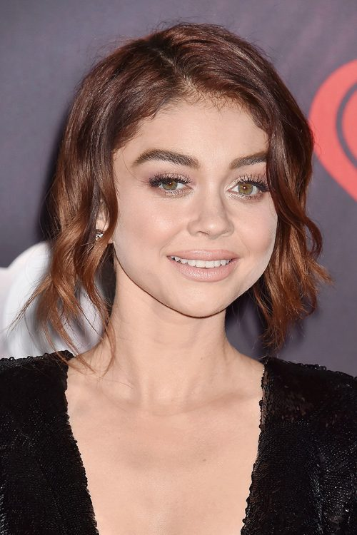 Sarah Hyland S Hairstyles Amp Hair Colors Steal Her Style
