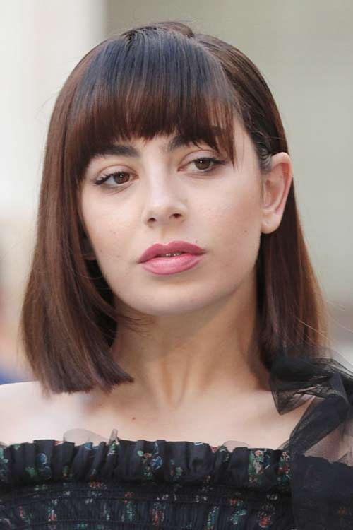 Charli Xcx S Hairstyles Amp Hair Colors Steal Her Style