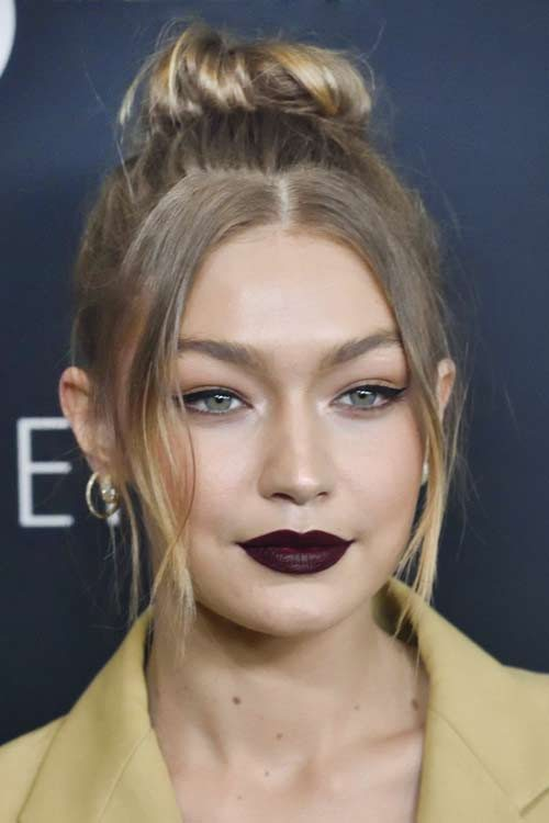 Gigi Hadid S Hairstyles Amp Hair Colors Steal Her Style