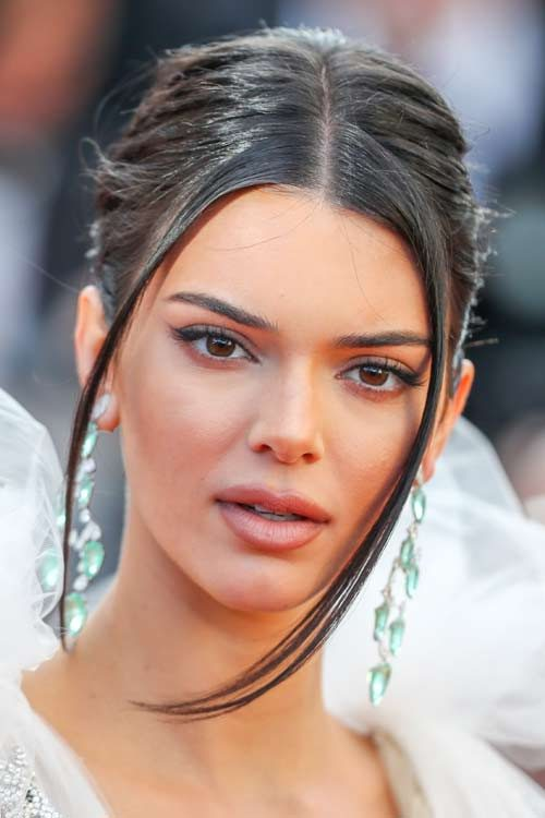 Kendall Jenner's Hairstyles & Hair Colors | Steal Her StyleKendall Jenner 2013 Hair