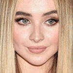 Sabrina Carpenter Makeup