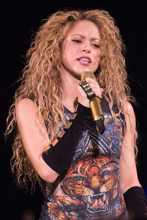 shakira hair style shakira s hairstyles amp hair colors style 5355