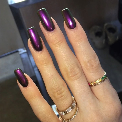 Kylie Jenner Chrome, Purple Nails   Steal Her Style