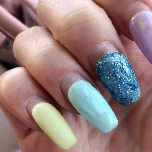 Loren Gray Beech Lavender Light Blue Light Yellow Glitter Nails Steal Her Style