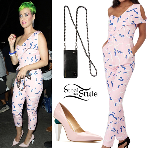 4e4049706fbd Katy Perry grabs dinner at Cole s after a concert in Los Angeles. September  11th