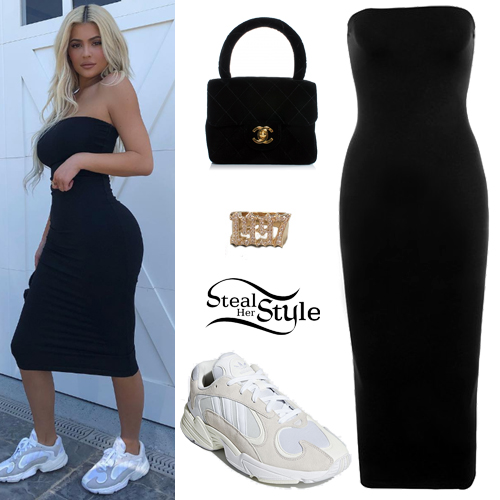 c4e8d32a5 Kylie Jenner: Black Strapless Dress, Mini Bag | Steal Her Style