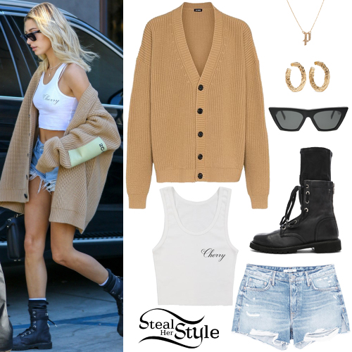 553da1911d4b0 13 Grlfrnd Outfits | Steal Her Style