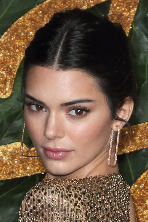 Kendall Jenner S Hairstyles Hair Colors Steal Her Style
