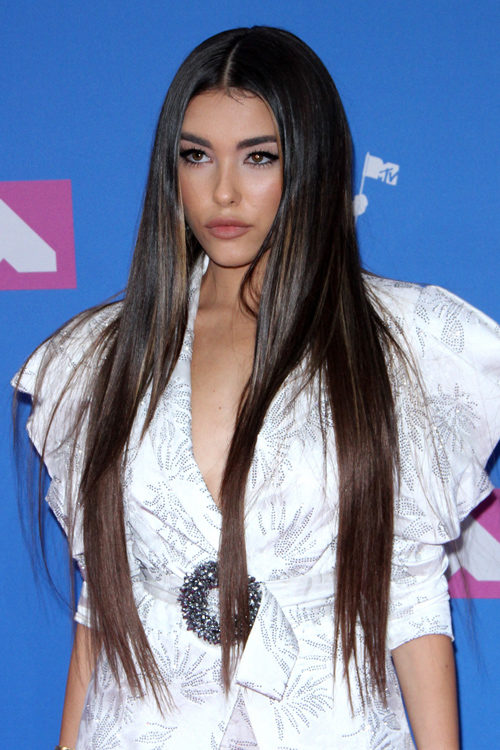 Madison Beer S Hairstyles Amp Hair Colors Steal Her Style