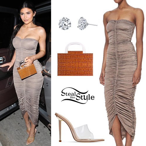 812e67b462d Kylie Jenner Clothes   Outfits