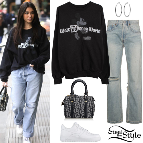 99fdf12b7c52 Madison Beer out and about in London. February 20th, 2019 – photo: BACKGRID