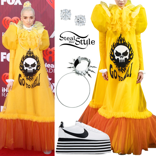 Poppy: 2019 iHeartRadio Music Awards | Steal Her Style