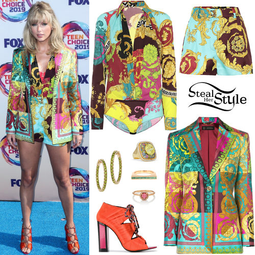 2b767e53527b Taylor Swift's Clothes & Outfits | Steal Her Style