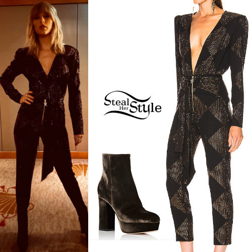Taylor Swift S Clothes Outfits Steal Her Style