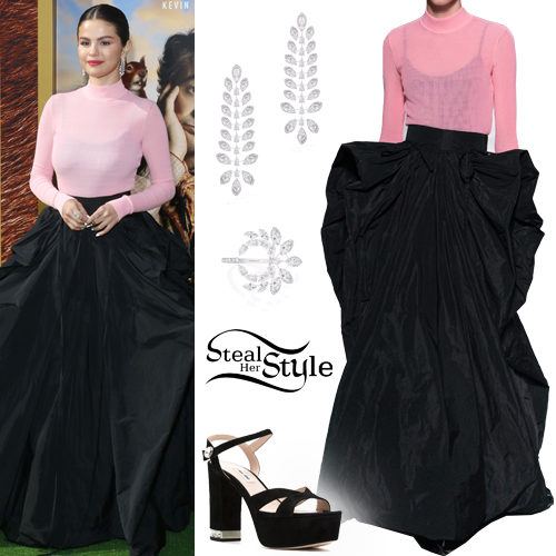 Selena Gomez Pink And Black Gown Steal Her Style