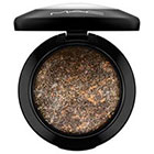M·A·C Mineralize Eye Shadow in Gilt By Association